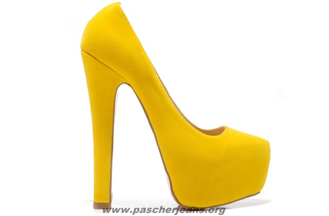 chaussures louboutin a vendre