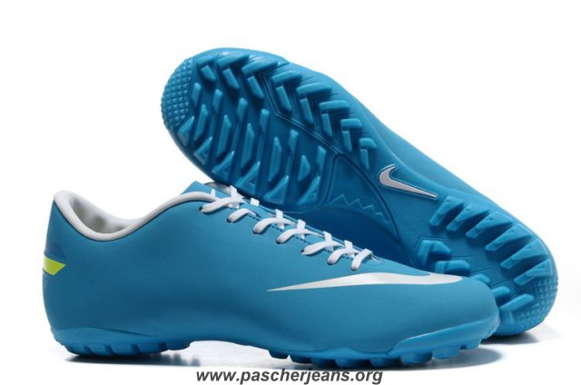 chaussures foot synthétique nike